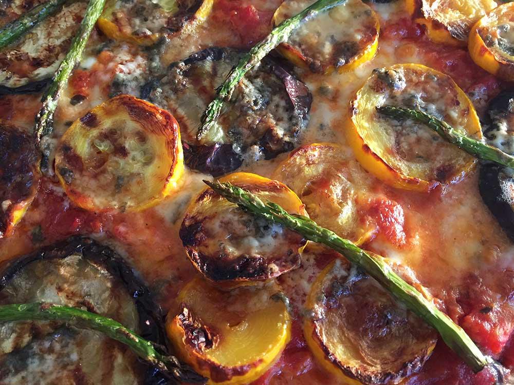 recept-glutenvrije-pizza-aubergine-courgette-groene-asperges-chef-ernst