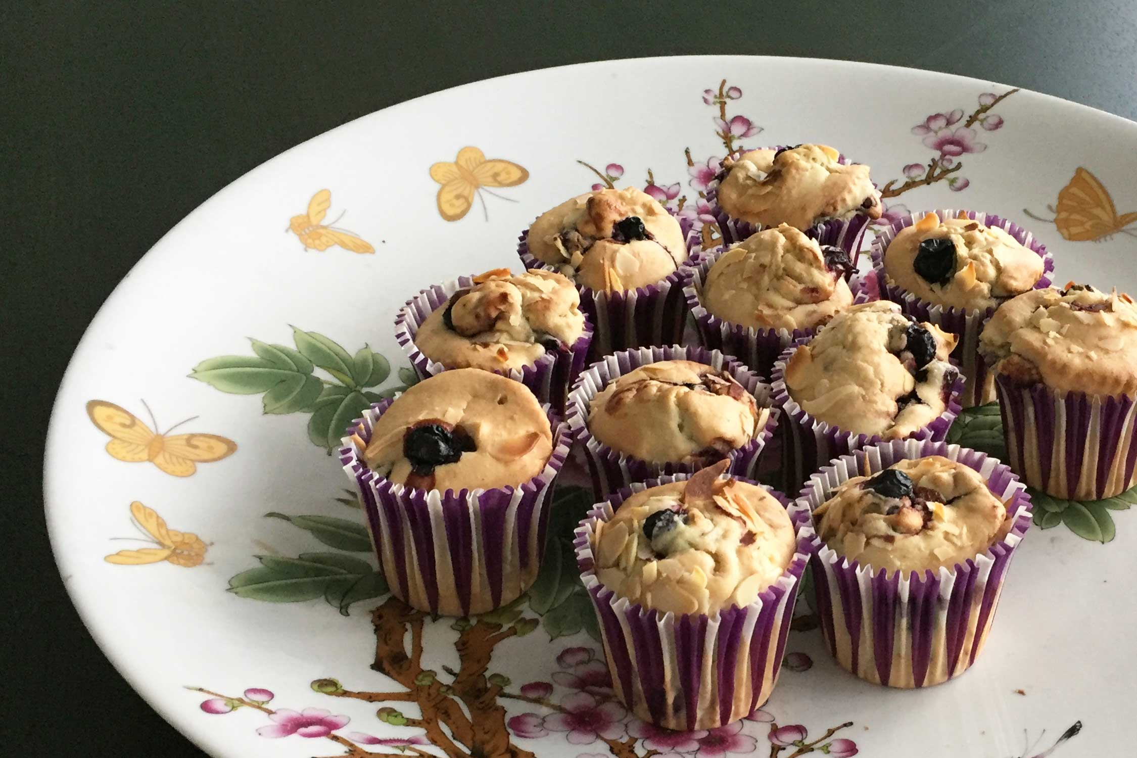 Mini muffins met bosbessen