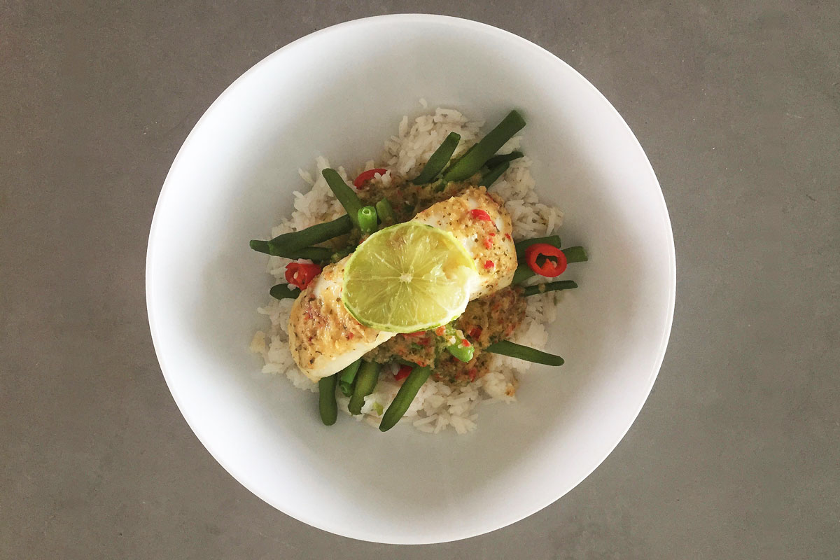 Homemade Thaise curry met kabeljauw, boontjes en rijst
