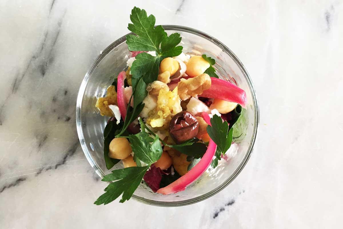 Salade arabisch indiaas bloemkool rode ui recept chef ernst